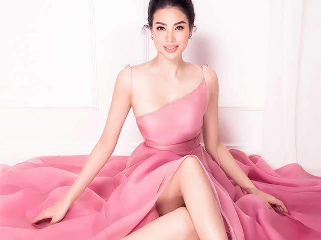 Hoa hậu cuồng màu hồng đâu chỉ có Tiểu Vy, Phạm Hương cũng có cả núi đồ