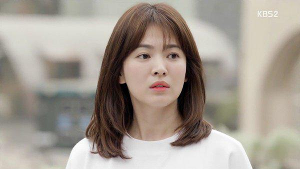 "co phai nho kieu toc nay ma song hye kyo buoc vao tuoi ""bam"" van cu tre dep? - 6"