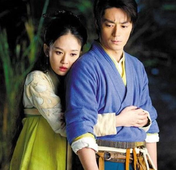 ngoi sao 24/7: su that chuyen nang dong phuong bat bai khoc suot dem ngay tinh cu lay vo - 2