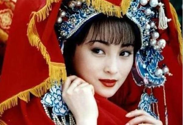"""tuong can can - my nhan 3 lan """"phu long"""" quynh dao va chuyen tinh nguoi dep - quai vat - 5"""