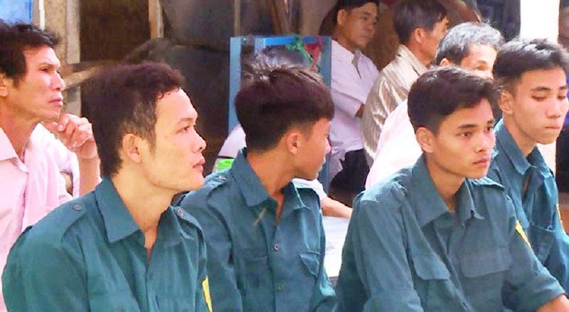 nhoi long canh chong cho vo mang thai bi lu cuon tu vong - 1