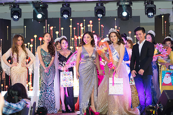 doanh nhan nina phuong dang quang a hau 1 mrs viet nam intercontinental 2018 tai canada - 2