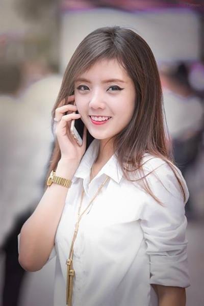 hotgirl lang hai: nguoi trac tro say thai, chong ngoai tinh, nguoi may man duoc con ngoan, chong cung nung - 7