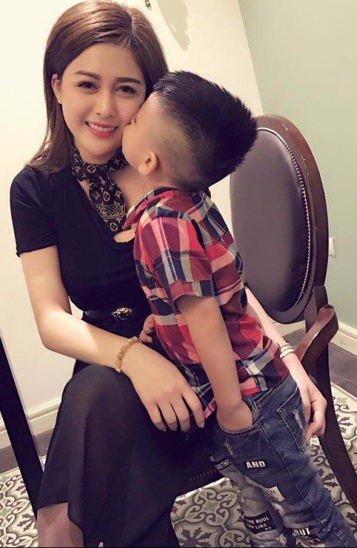 ban trai bo roi, 2 my nhan don than nuoi con nhung lai phat benh nang - 14