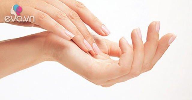 Cách xử lý da tay khô nứt nẻ