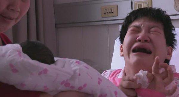 co gai bai nao lay duoc chong dep trai, nguoi ngoai xi xao den ngay sinh con thi nin thinh - 5