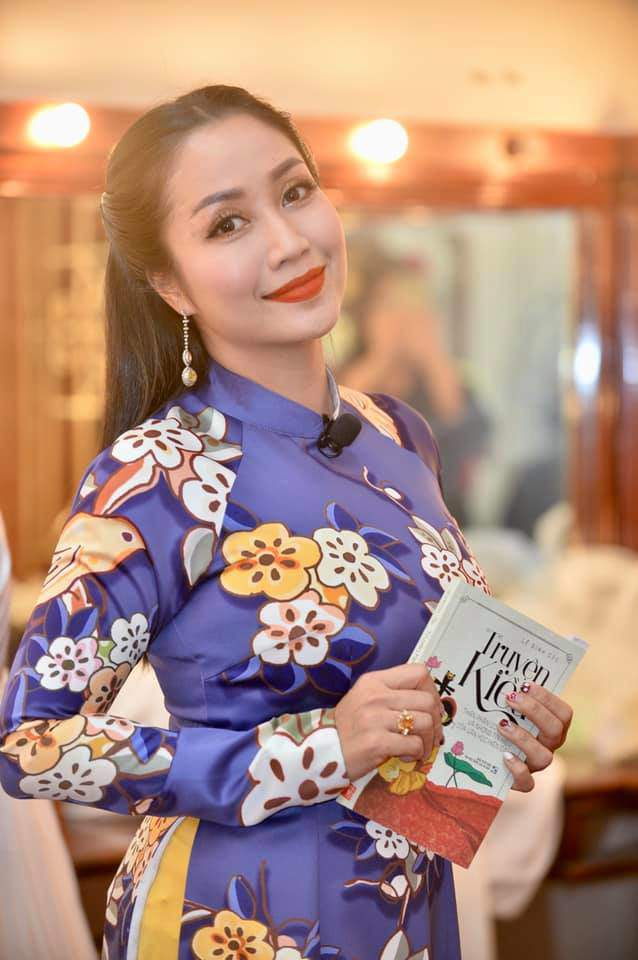 Bị chỉ trích vì làm lố tại gameshow, Ốc Thanh Vân vẫn tự tin khoe nhan sắc đẹp rụng rời - 5