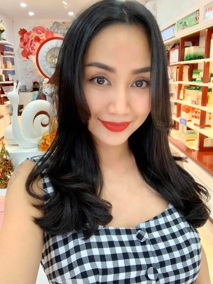 Bị chỉ trích vì làm lố tại gameshow, Ốc Thanh Vân vẫn tự tin khoe nhan sắc đẹp rụng rời - 7