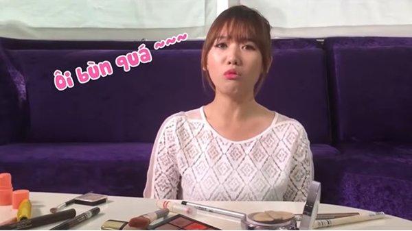 Cười bể bụng với màn hướng dẫn make up kiểu Hàn Quốc amp;#34;một mất một cònamp;#34; của Hari Won - 4