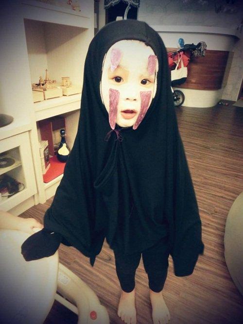 hoa trang halloween an tuong, con gai my nhan philippines duoc truong ra quyet dinh dac biet - 10