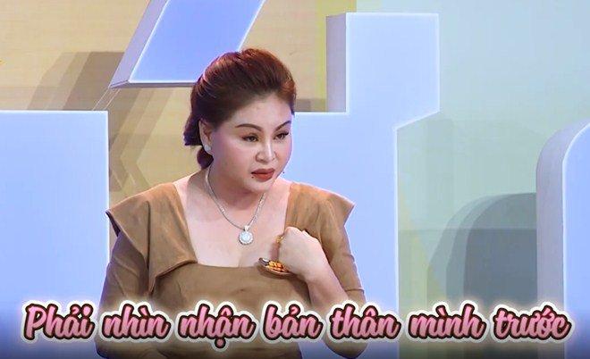 "con gai le giang: ""toi tung nghi me khong du tu cach day minh, co nuoi minh bao gio dau"" - 6"