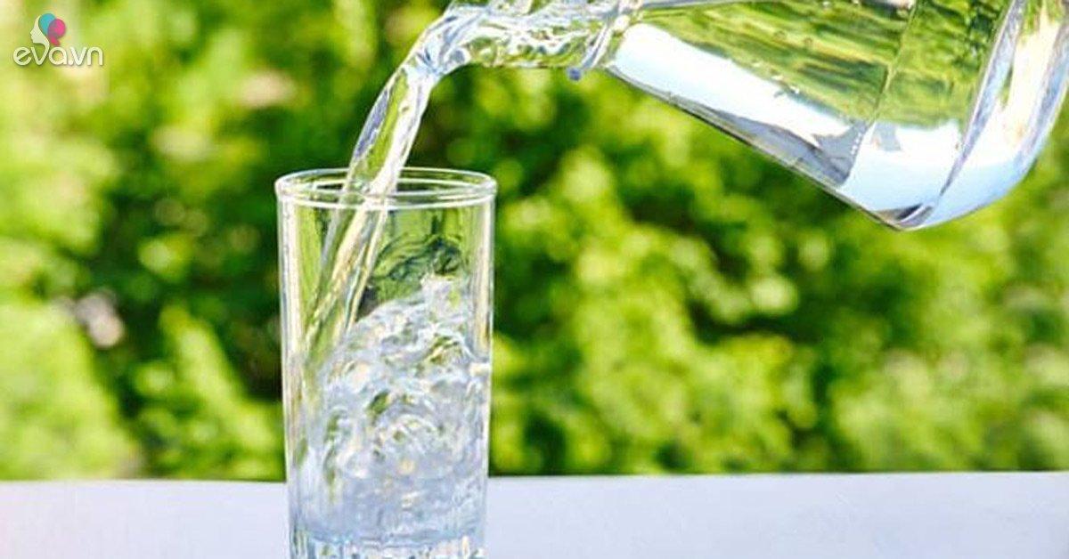Không muốn hỏng hết gan thận thì đừng bao giờ uống nước kiểu này-Sức khỏe