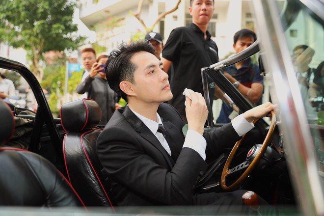 dong nhi vo oa hanh phuc trong giay phut buoc len xe hoa cung chu re ong cao thang - 7