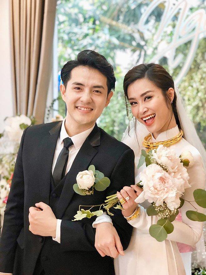 dong nhi vo oa hanh phuc trong giay phut buoc len xe hoa cung chu re ong cao thang - 14
