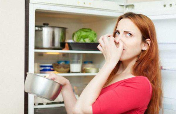 Tủ lạnh có dấu hiệu này cảnh báo đang hết gas, phải thay ngay kẻo hỏng - 3