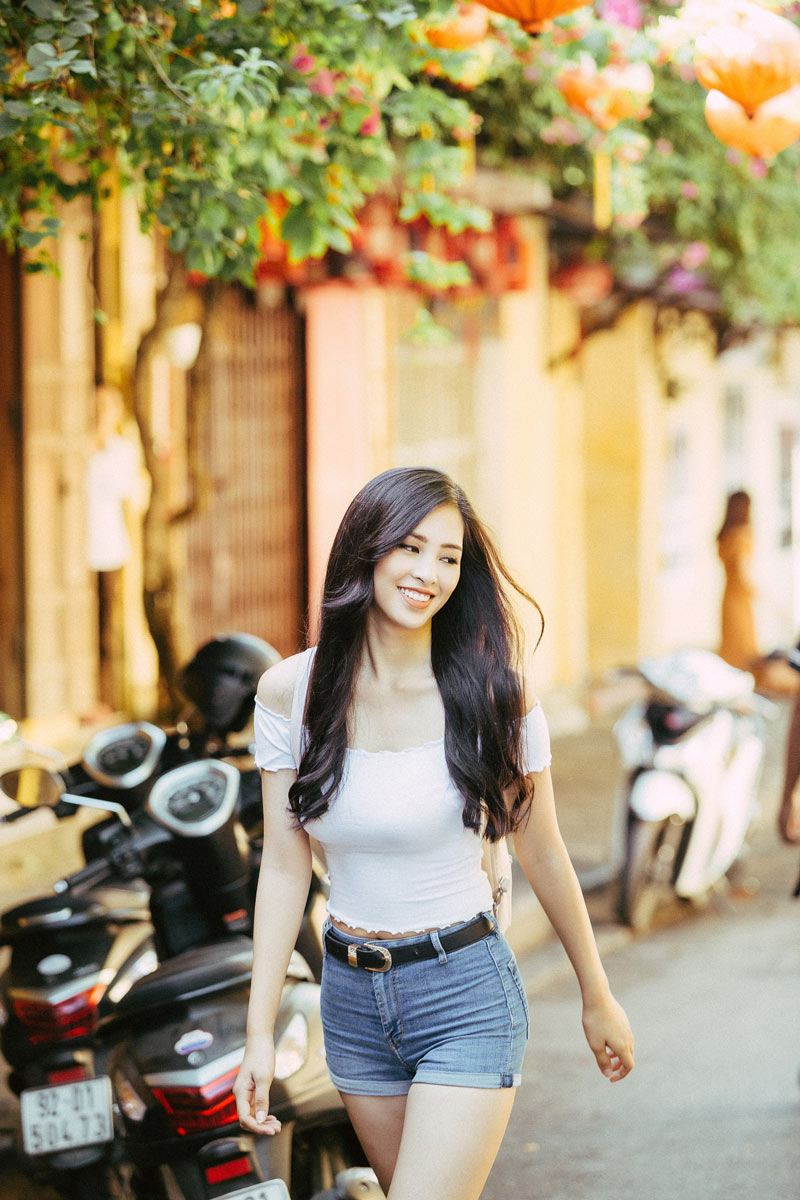Hoa hậu Tiểu Vy tiết lộ bí quyết ăn thả ga mà vẫn không bị tăng cân