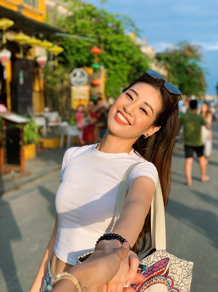 can canh nhan sac doi thuong trong treo cua khanh van - tan hoa hau hoan vu 2019 - 6
