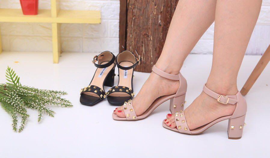 Giày cao gót chị em thích dùng khiến đàn ông si mê hóa ra độc hại không ngờ