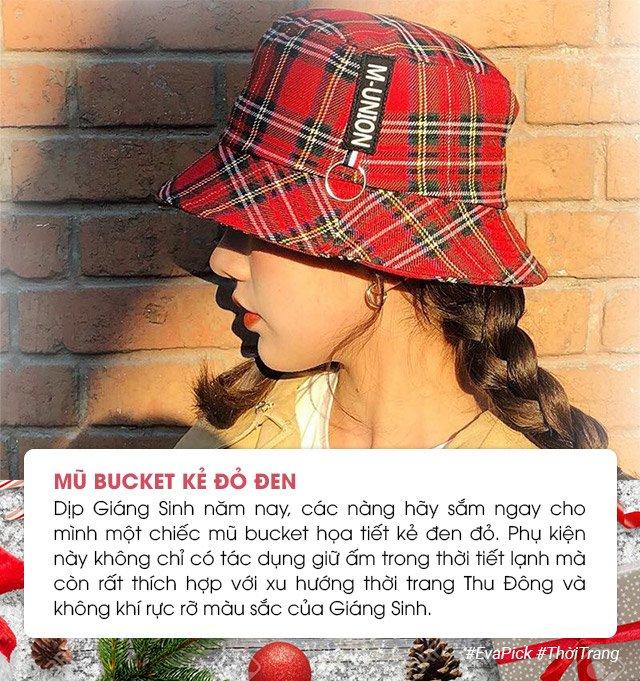 """5 mon phu kien thoi thuong rat hop de cac nang """"len do"""" di choi giang sinh - 1"""