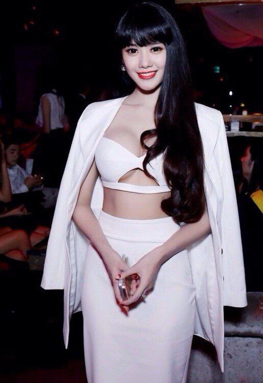 "khong cung huyet thong, ""my nhan dao keo"" linh chi va ninh duong lan ngoc van giong nhau nhu tac - 9"
