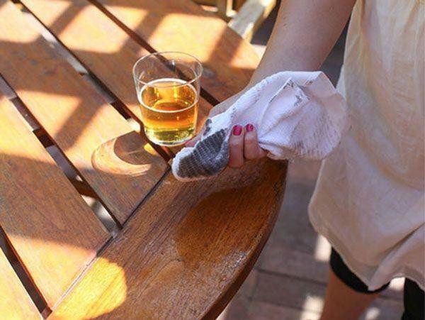 Bia uống dở đừng vội đổ đi, tận dụng theo cách này sẽ thấy thành quả bất ngờ - 3