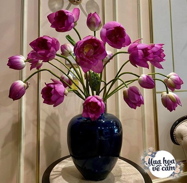 """Mẹ Hà Nội cắm hoa đẹp nức lòng, ngày nào không có là bị chồng con """"ra công điện khẩnamp;#34; - 18"""