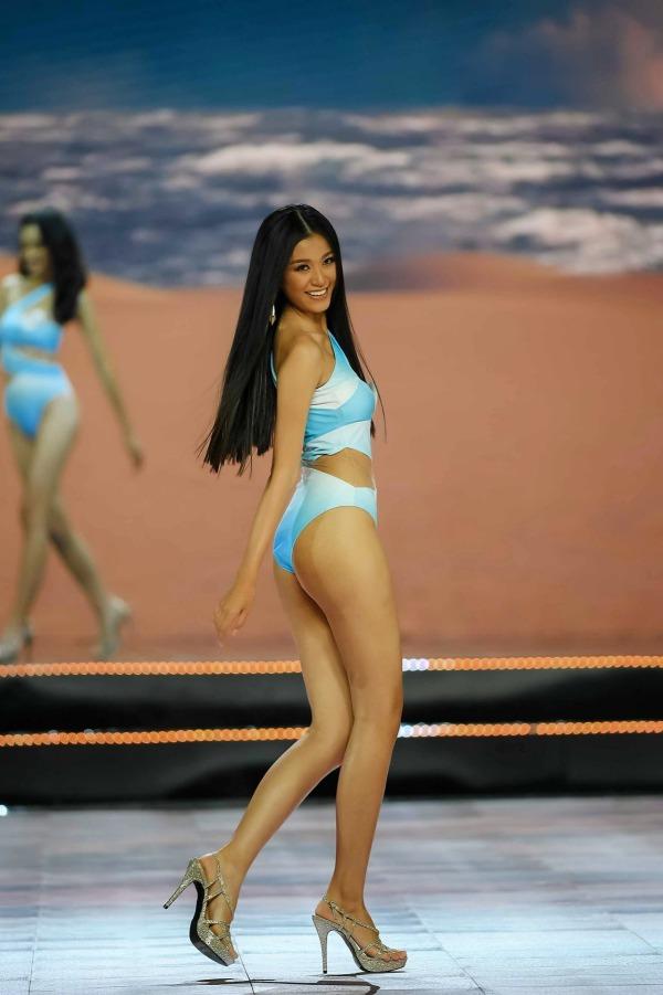 Mỹ nữ Ê Đê eo 59cm, chân dài nuột nà lọt vào bán kết Hoa hậu Việt Nam - 10