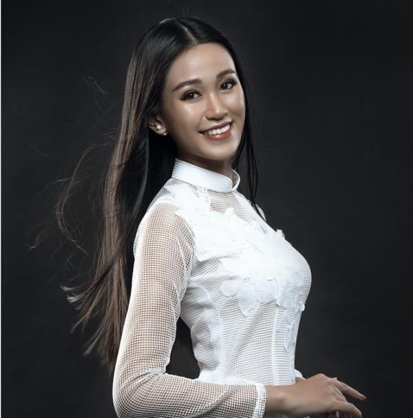 Mỹ nữ Ê Đê eo 59cm, chân dài nuột nà lọt vào bán kết Hoa hậu Việt Nam - 3