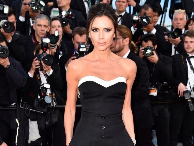Ngồi không, Victoria Beckham cũng trở thành ngôi sao có thu nhập cao nhất nước Anh - 4