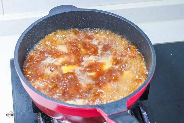 Sườn nấu không cũng chán, đem kho cùng khoai tây lại khiến ai cũng tiếc amp;#34;nấu quá ít cơmamp;#34; - 6