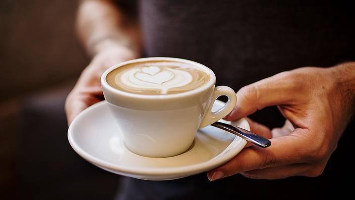 Mẹo hay dành cho các amp;#34;thánh nghiệnamp;#34;: cách uống trà sữa không béo - 4