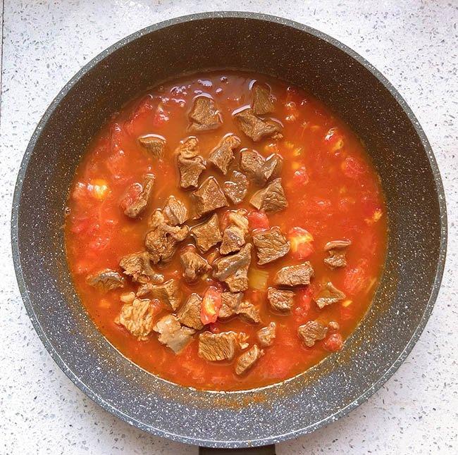 Thịt bò hầm cà chua vừa làm canh, vừa có súp thơm lừng cả bếp - 7