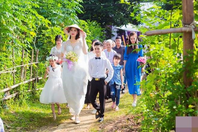 Cô dâu cao 1m94 cưới chồng 1m4 từng xôn xao MXH cách đây 1 năm giờ ra sao? - 3