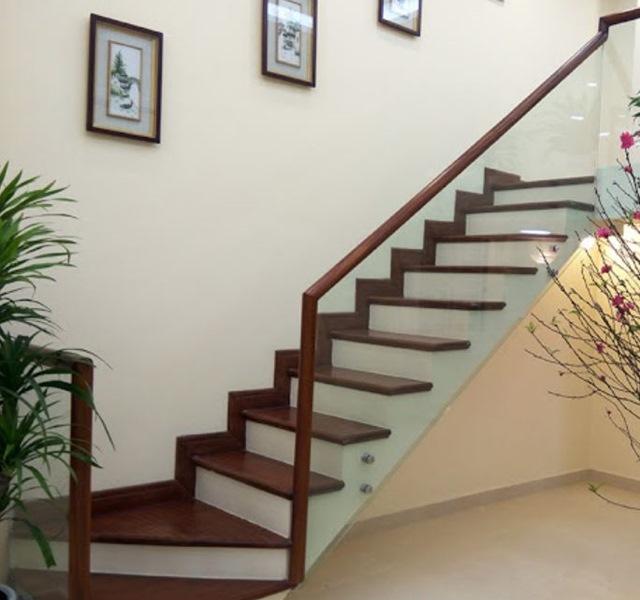 Mẫu cầu thang gỗ đẹp hiện đại, đơn giản làm nổi bật ngôi nhà - 28
