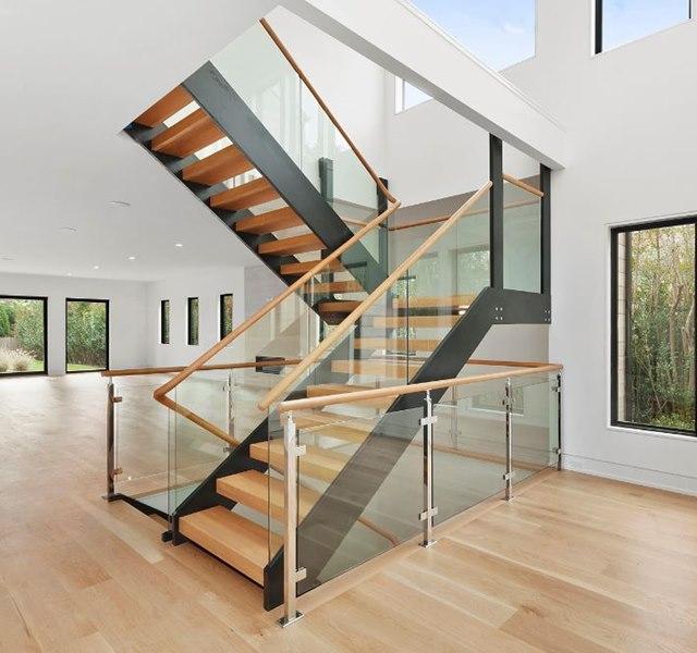 Mẫu cầu thang gỗ đẹp hiện đại, đơn giản làm nổi bật ngôi nhà - 20