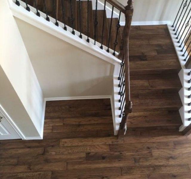Mẫu cầu thang gỗ đẹp hiện đại, đơn giản làm nổi bật ngôi nhà - 14