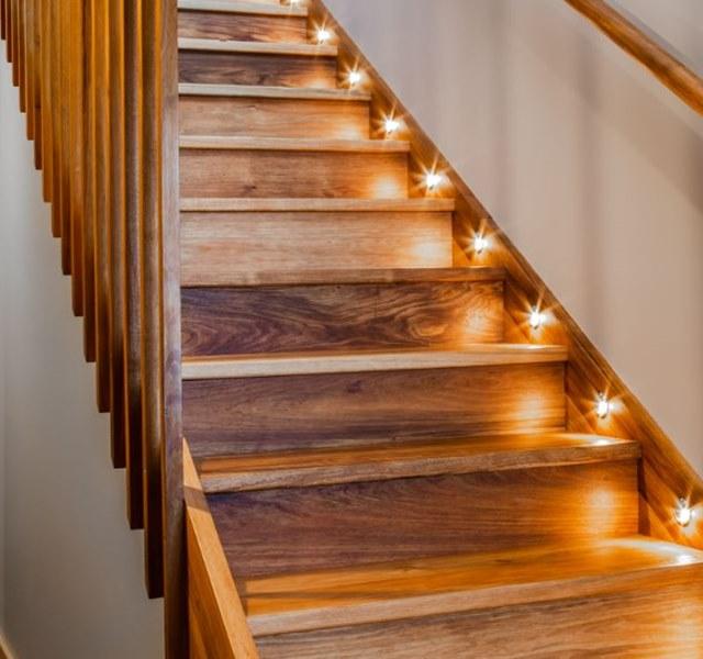 Mẫu cầu thang gỗ đẹp hiện đại, đơn giản làm nổi bật ngôi nhà - 1