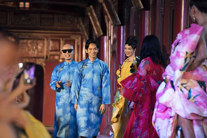 NTK Vũ Ngọc và Son: Mỗi họa tiết trên trang phục của tôi đều là phong thuỷ - 6