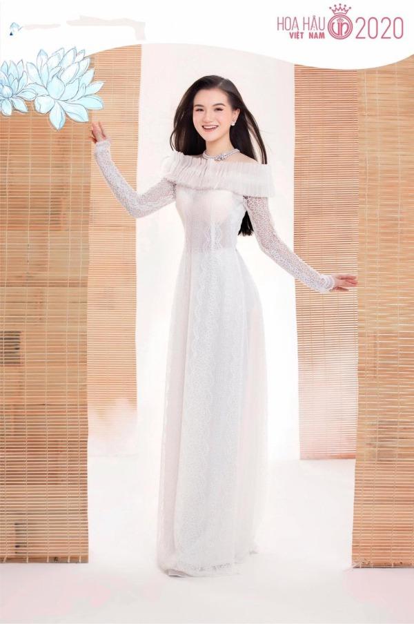 Hoàng Tú Quỳnh | Road to Miss Vietnam | 2020 Nu-sinh-2000-mong-cong-vut-dep-nhu-thien-than-khi-vao-ban-ket-hoa-hau-viet-nam-1-1602063599-393-width600height904