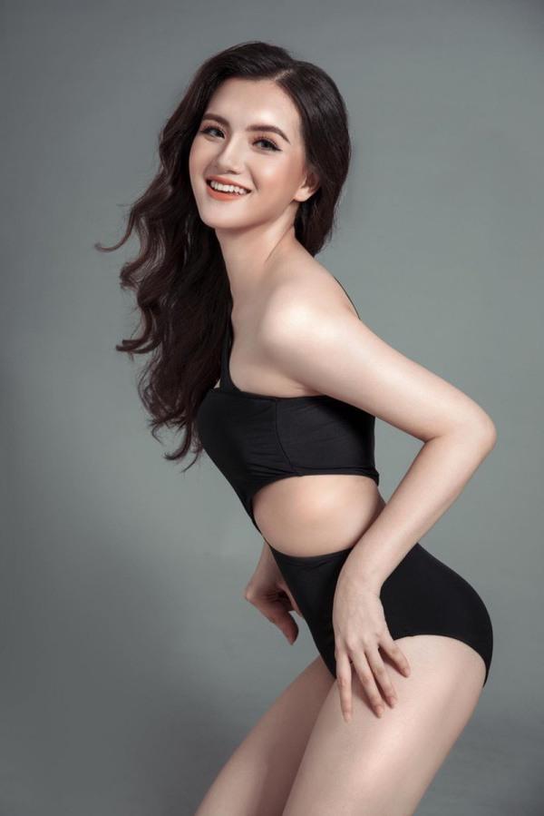 Nữ sinh 2K2 dáng đẹp mê, gương mặt như thiên thần vào Bán kết Hoa hậu Việt Nam - 4