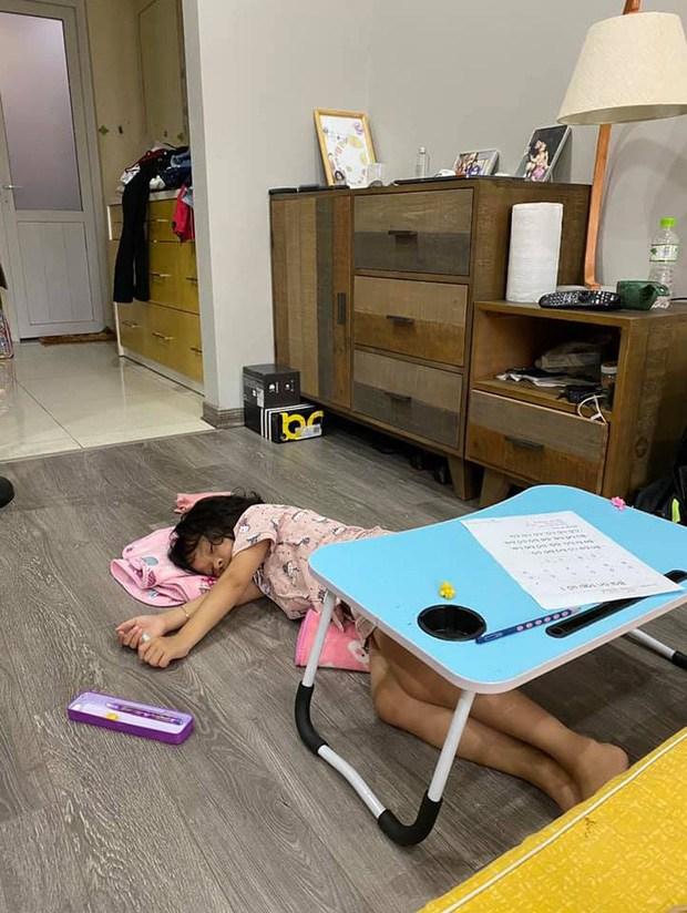 Sao Việt mạnh dạn đăng ảnh bất lực khi con học: Hoá ra amp;#34;con nhà nguời taamp;#34; giống con mình - 3