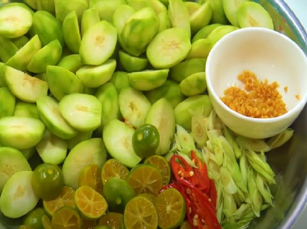 Cách làm chân gà sốt Thái chua ngọt cay cay hấp dẫn ăn mãi không chán-5