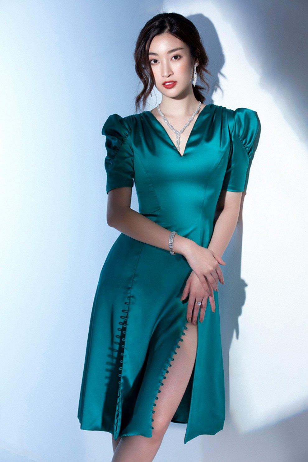Tận dụng tủ đồ Hè, váy lụa mỏng manh được mỹ nhân Vbiz biến tấu cho ngày se lạnh - 20