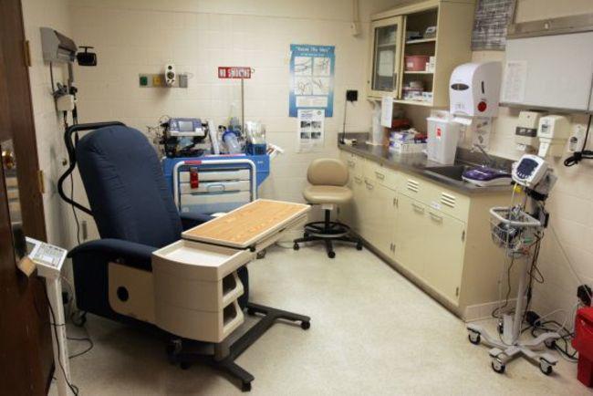 Soi độ xa xỉ của bệnh viện nơi Tổng thống Trump chữa Covid-19 - 10