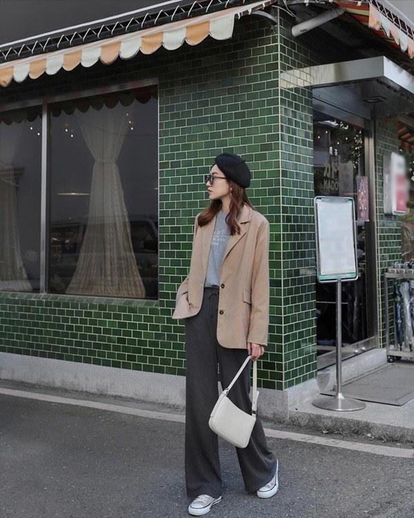 Muốn mặc ấm ngày se lạnh cũng đừngdiện đồ to sụ giấu dáng, nàng thể nào cũng nhận điểm trừ - 12
