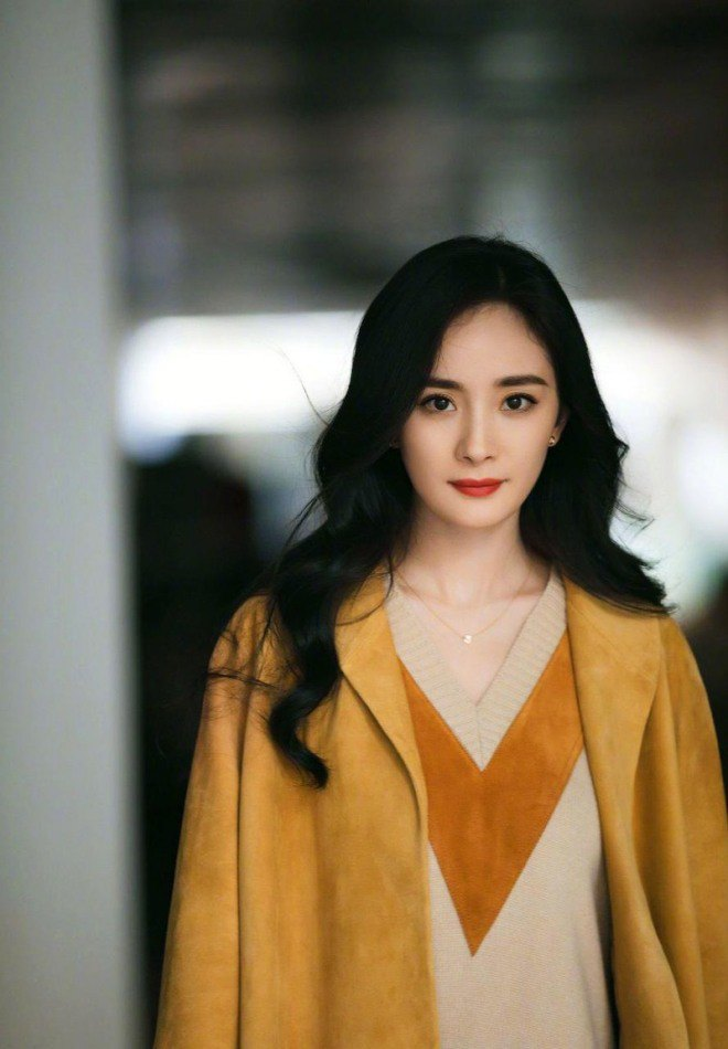 Sao nhí Trung Quốc 1 thời: Lý Tiểu Lộ tai tiếng ngoại tình, Dương Mịch tương lai không ổn định - 7