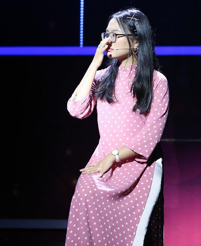 Chị gái ruột xinh đẹp của Phương Mỹ Chi khóc nức nở vì câu nói của em gái - 5