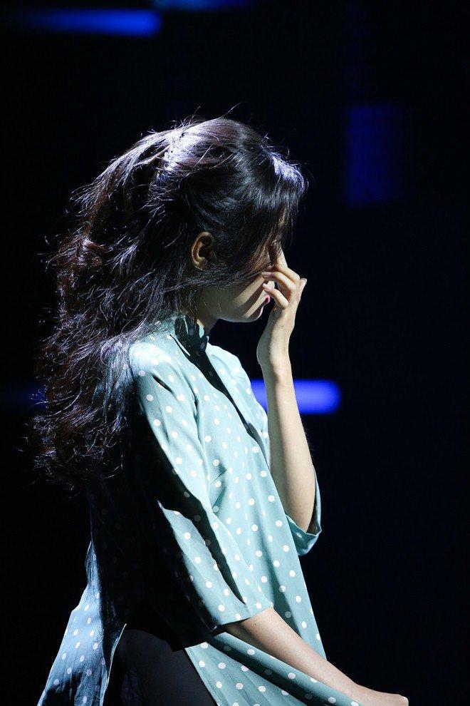 Chị gái ruột xinh đẹp của Phương Mỹ Chi khóc nức nở vì câu nói của em gái - 6