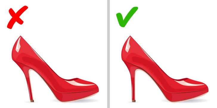 Những mẫu giày độc lạ thách thức bước chân của sao, có đôi amp;#34;lẹmamp;#34; mất luôn phần gót - 14