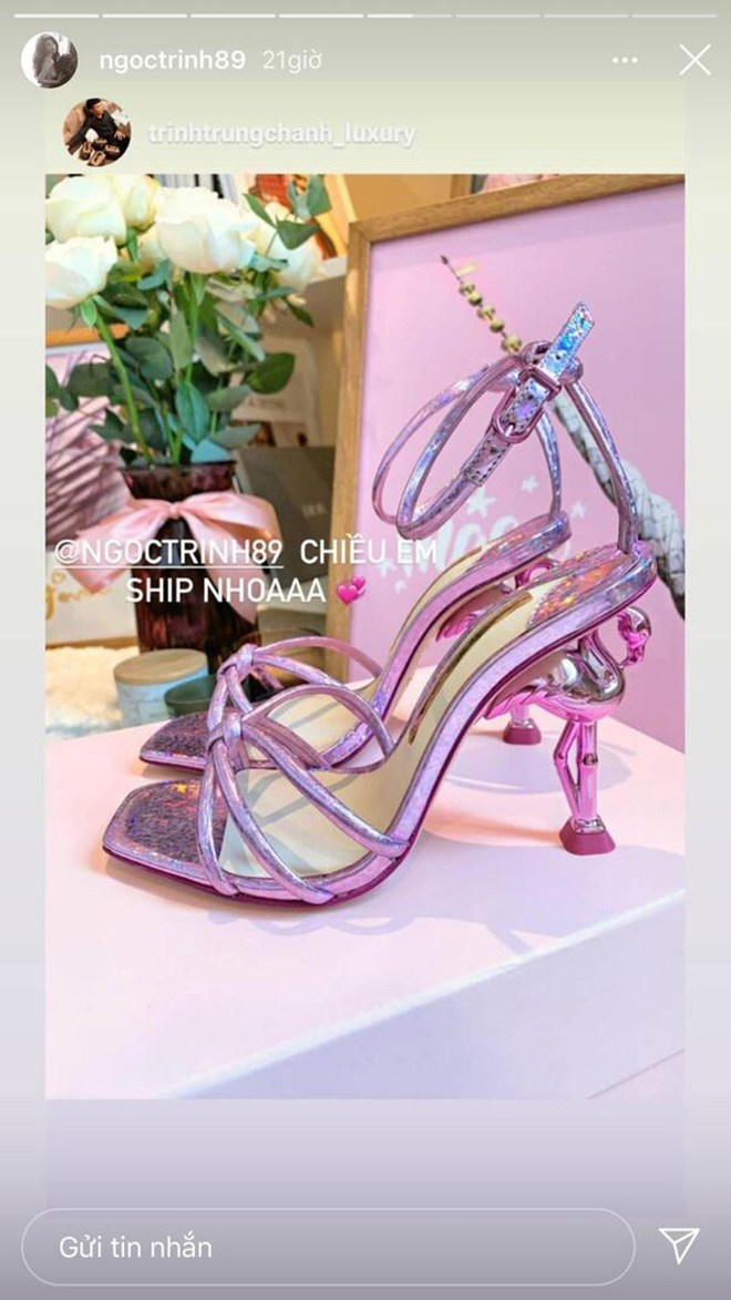 Những mẫu giày độc lạ thách thức bước chân của sao, có đôi amp;#34;lẹmamp;#34; mất luôn phần gót - 5